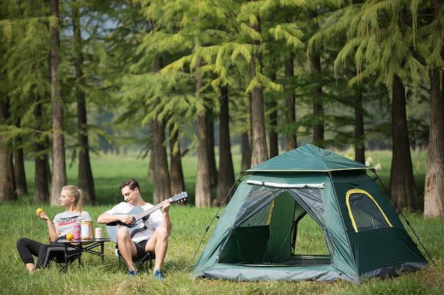 kaj vzeti na kampiranje